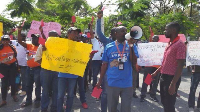 CLATE se solidariza con estatales haitianos despedidos