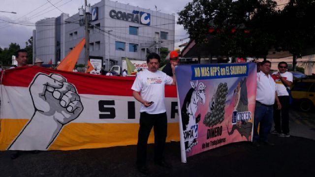 Trabajadores de AGEPYM volvieron a marchar contra las AFP