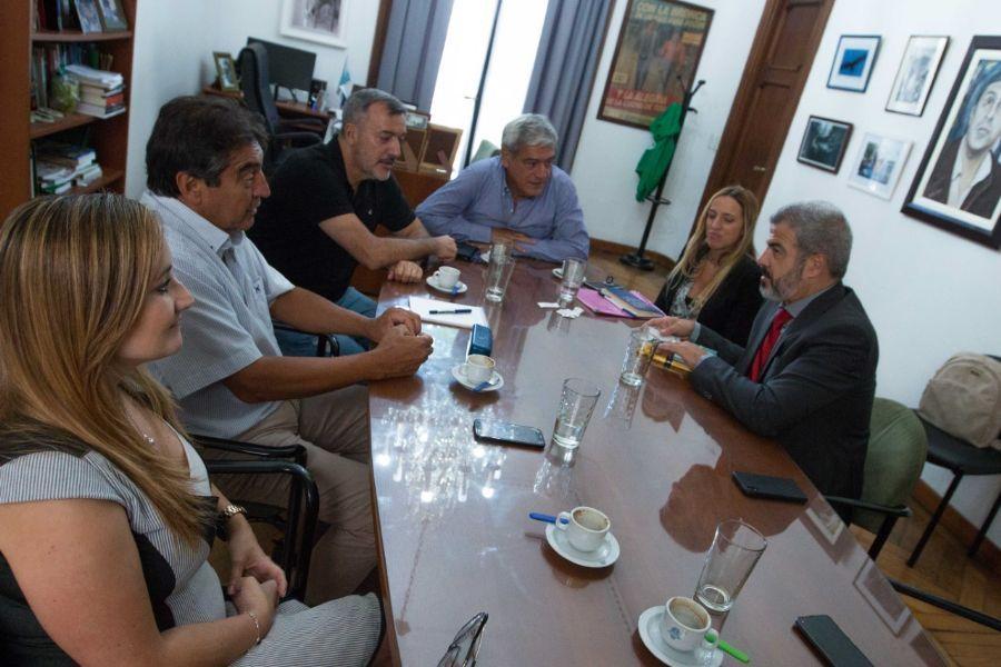 ATE recibió al titular de la OIT en Argentina