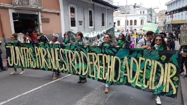 8M: Mujeres ecuatorianas convocan a movilizarse este domingo