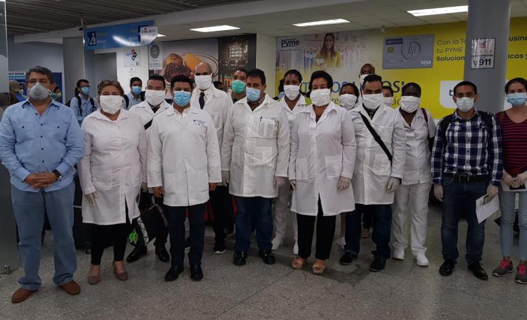 Médicos cubanos llegan a Honduras y ya son 21 las brigadas en el mundo