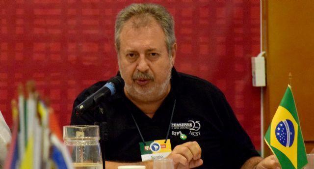 """Sergio Arnoud: """"Estas elecciones fueron una alerta para la izquierda y una derrota para Bolsonaro"""""""