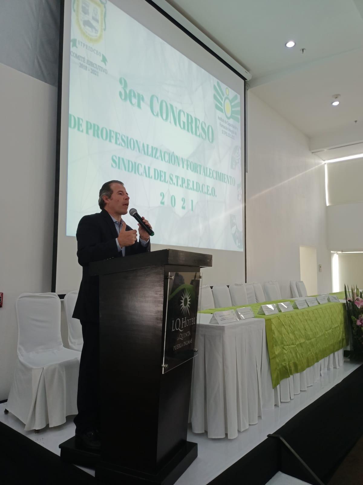 """Sergio Padilla """" Los sindicatos debemos crear y resolver"""""""